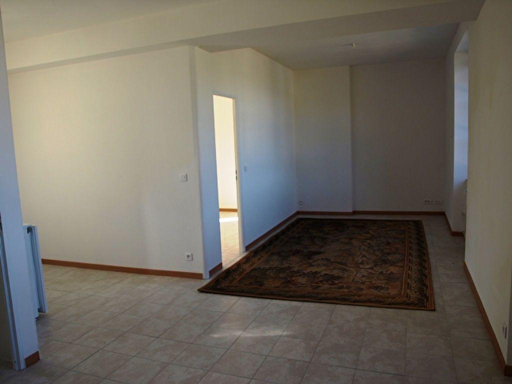 Appartement à louer 2 42.15m2 à Neuilly-en-Vexin vignette-2