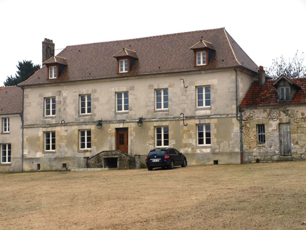 Appartement à louer 1 33.9m2 à Neuilly-en-Vexin vignette-1