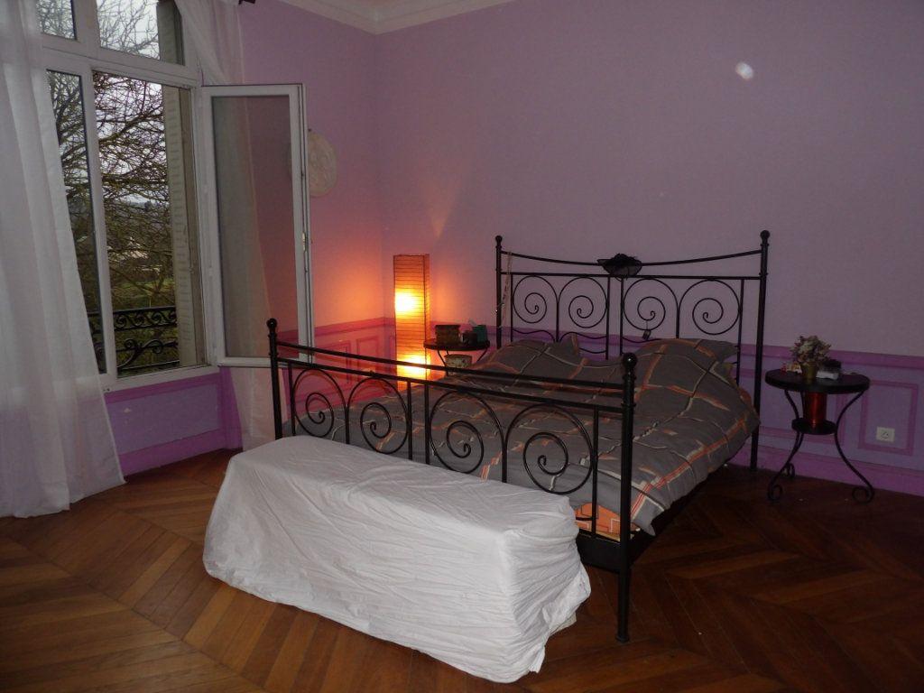 Maison à vendre 11 300m2 à Château-sur-Epte vignette-6