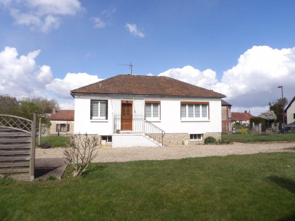 Maison à vendre 4 71.65m2 à Tourny vignette-1