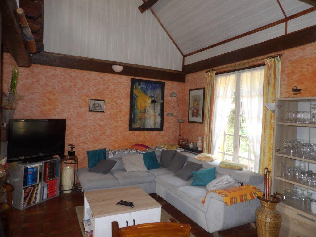 Maison à vendre 9 185.88m2 à Dampsmesnil vignette-3