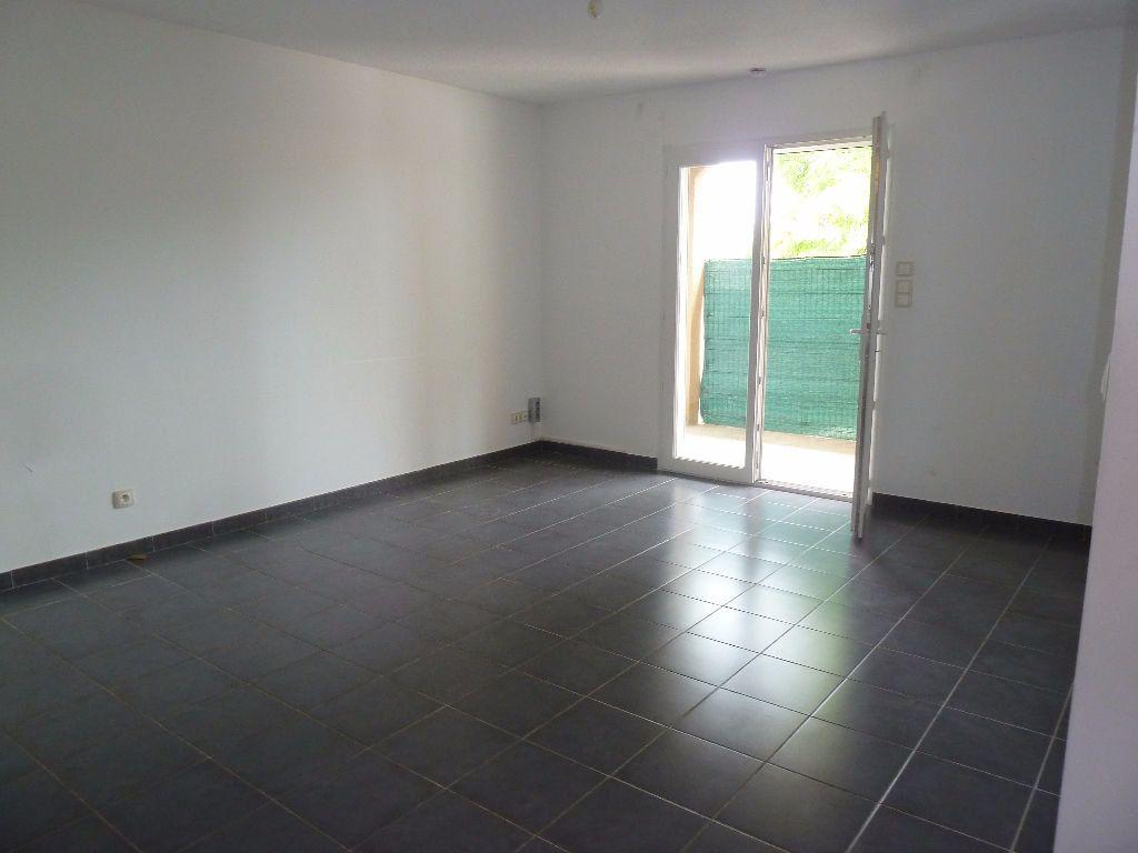 Appartement à louer 4 78.44m2 à Forcalquier vignette-3