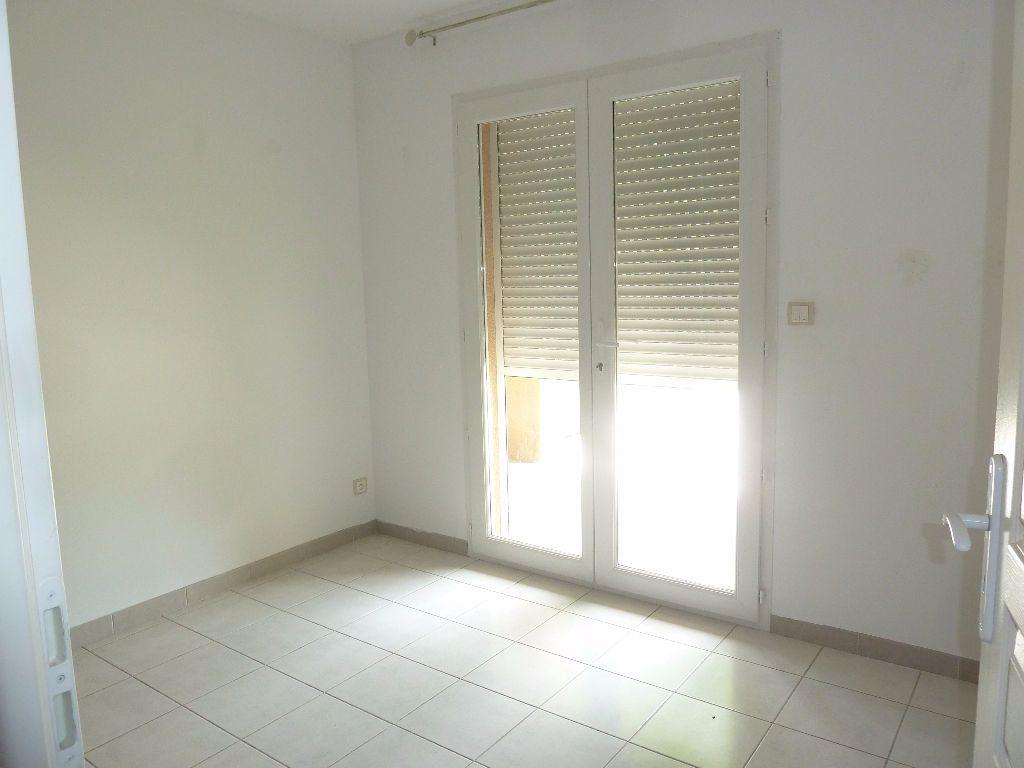 Appartement à louer 4 78.44m2 à Forcalquier vignette-5
