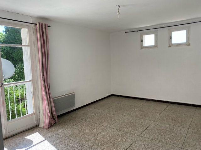 Appartement à louer 1 34m2 à Forcalquier vignette-1