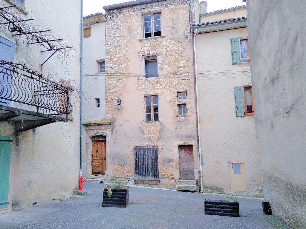Maison à vendre 6 232m2 à Saint-Étienne-les-Orgues vignette-3
