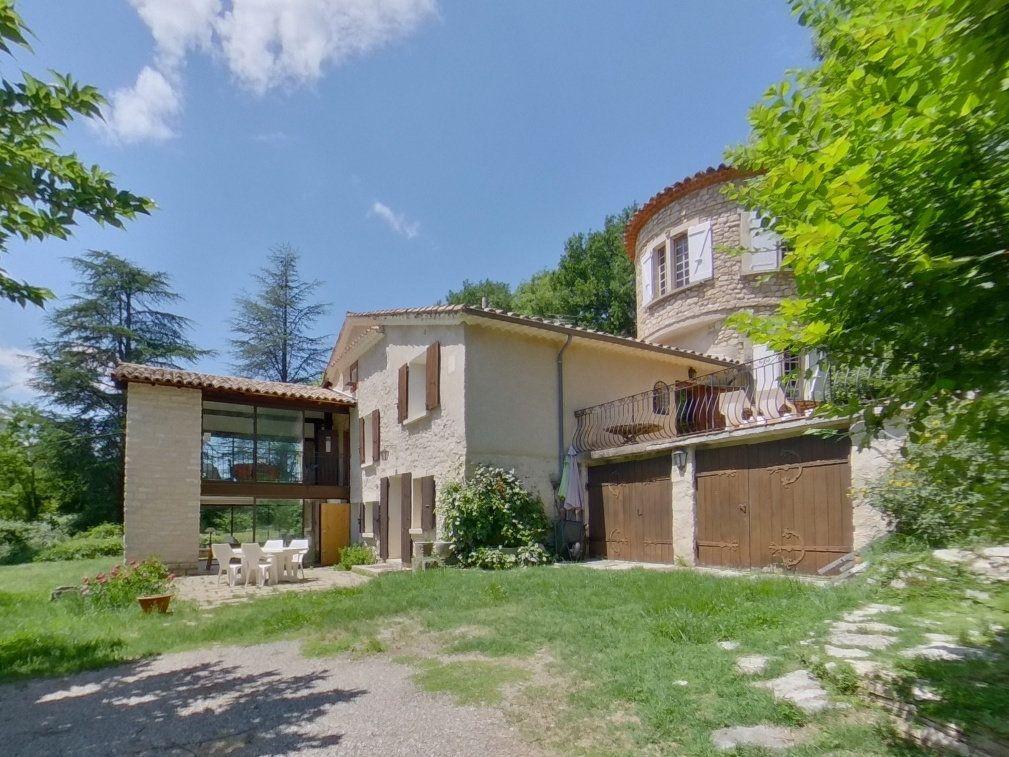 Maison à vendre 9 274.6m2 à Forcalquier vignette-1