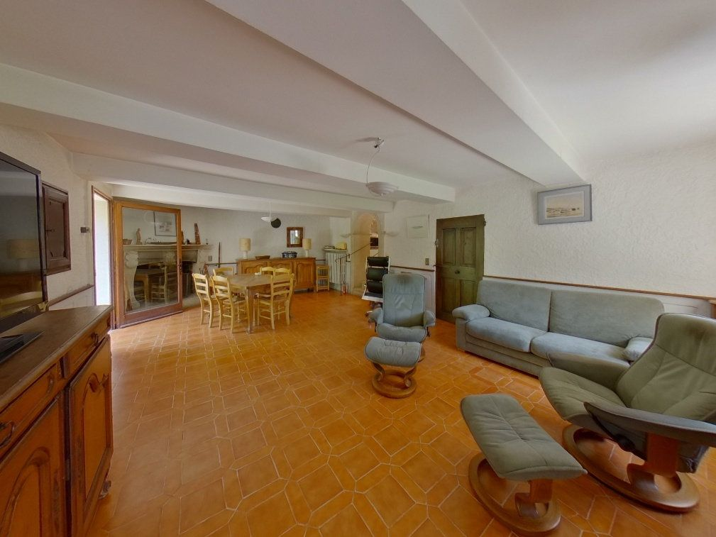 Maison à vendre 9 274.6m2 à Forcalquier vignette-3