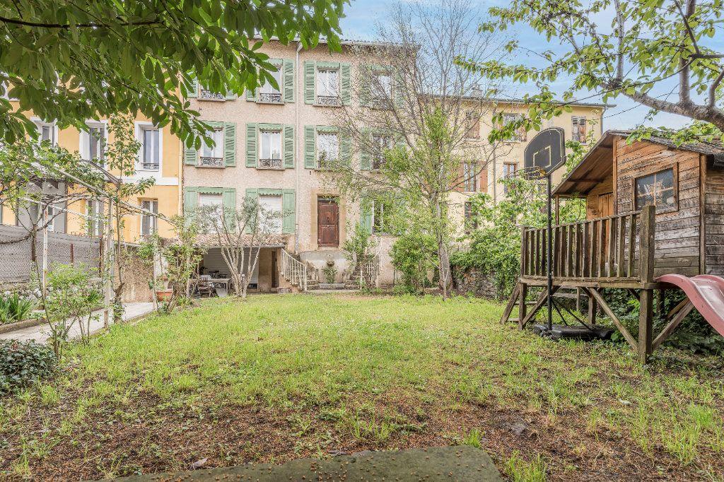 Maison à vendre 9 297m2 à Digne-les-Bains vignette-1