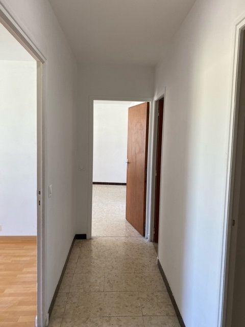 Appartement à louer 3 84.1m2 à Forcalquier vignette-4