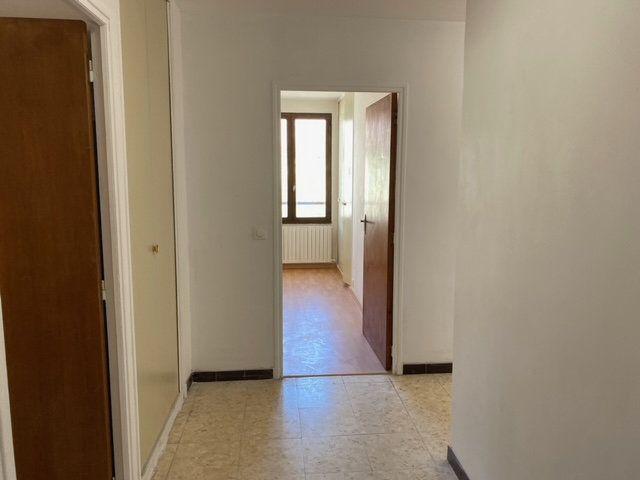 Appartement à louer 3 84.1m2 à Forcalquier vignette-6