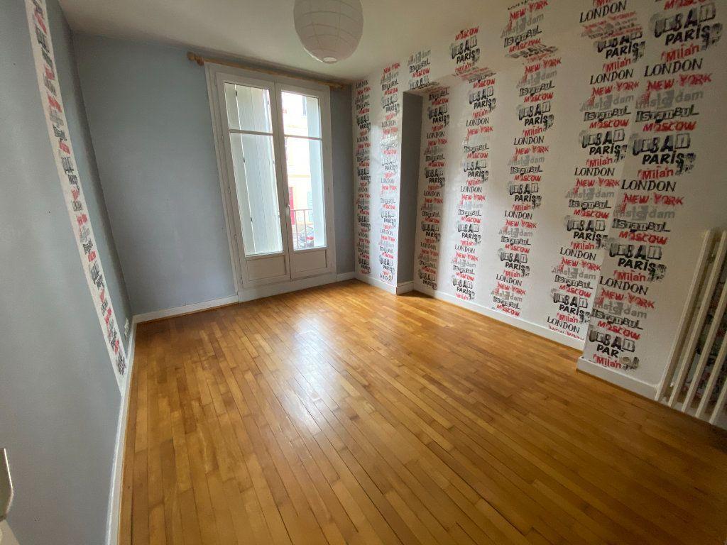 Appartement à louer 3 72m2 à Metz vignette-4
