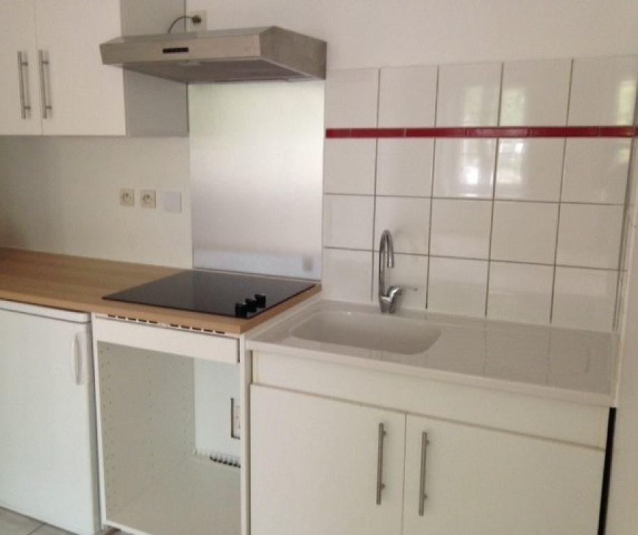 Appartement à louer 2 49.97m2 à Metz vignette-2