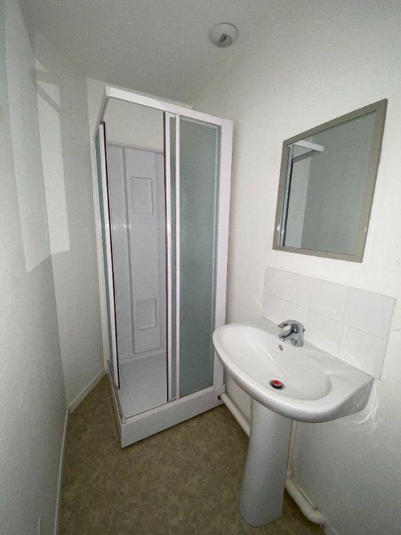 Appartement à louer 1 26m2 à Montigny-lès-Metz vignette-5