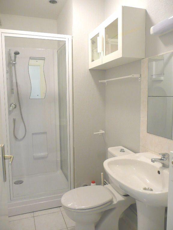 Appartement à louer 2 47.09m2 à Metz vignette-3