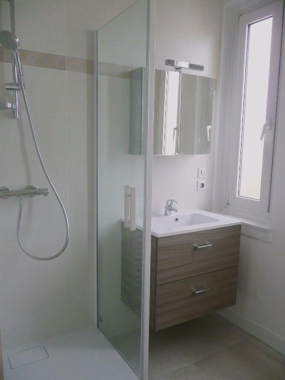Appartement à louer 3 71.82m2 à Metz vignette-4