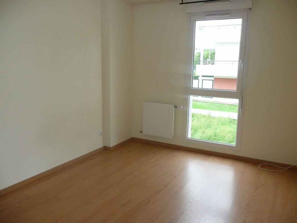 Appartement à louer 2 51.52m2 à Metz vignette-3
