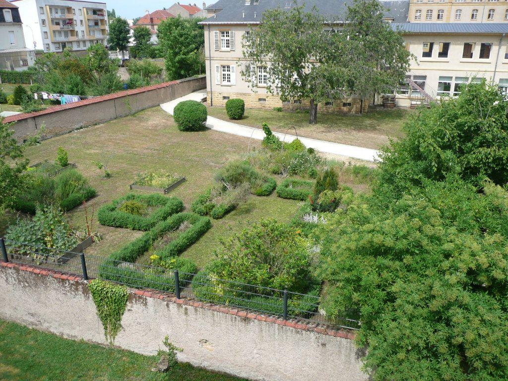 Appartement à louer 3 63m2 à Montigny-lès-Metz vignette-8