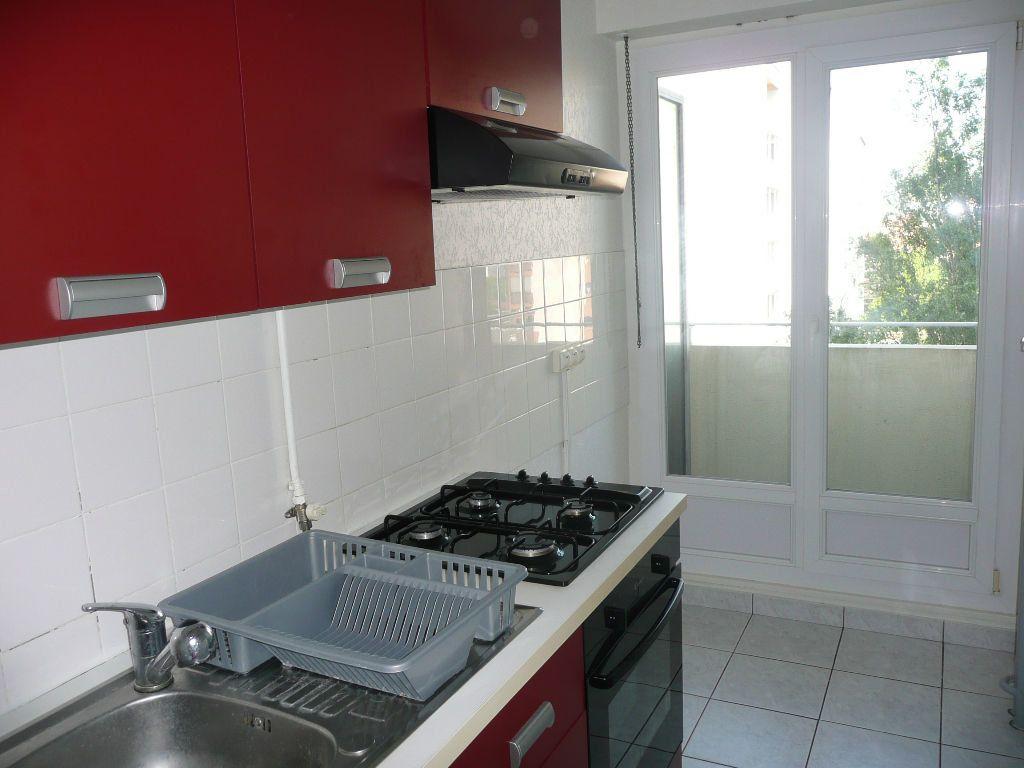 Appartement à louer 1 33.45m2 à Metz vignette-3