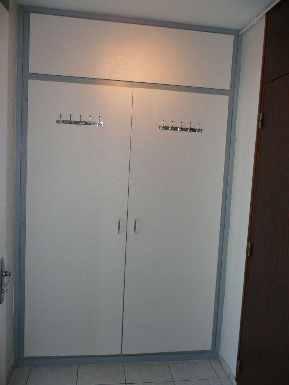 Appartement à louer 1 33.45m2 à Metz vignette-5