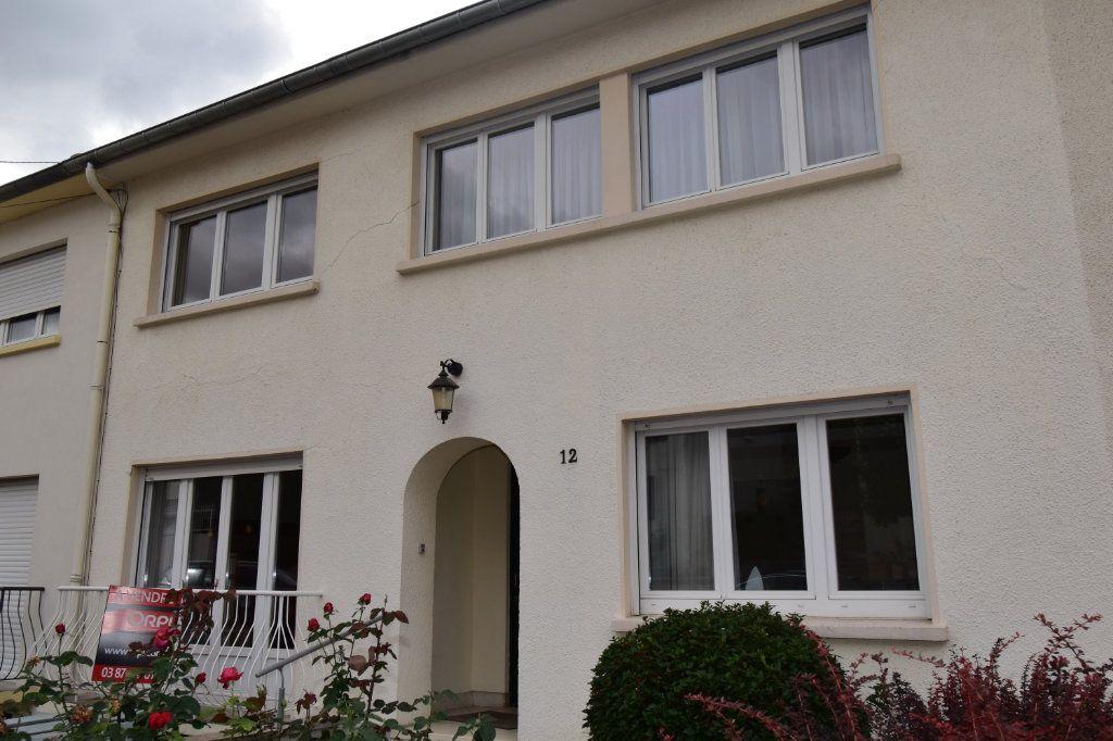 Maison à vendre 7 135m2 à Saint-Julien-lès-Metz vignette-1