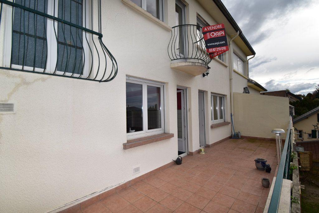 Maison à vendre 7 135m2 à Saint-Julien-lès-Metz vignette-2