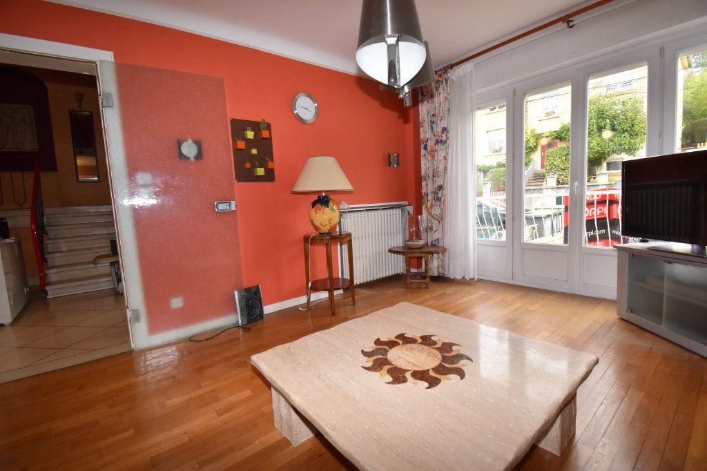 Maison à vendre 7 135m2 à Saint-Julien-lès-Metz vignette-3