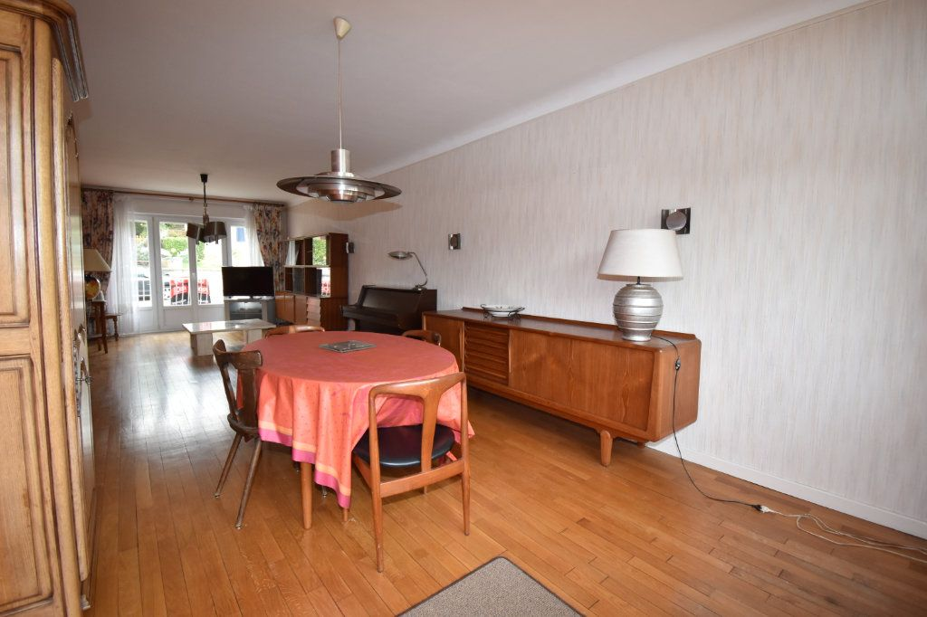 Maison à vendre 7 135m2 à Saint-Julien-lès-Metz vignette-5