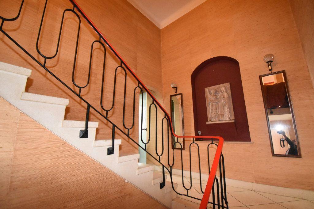 Maison à vendre 7 135m2 à Saint-Julien-lès-Metz vignette-10