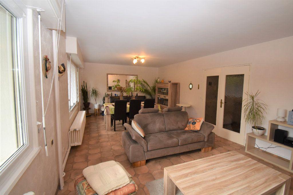 Appartement à vendre 4 75.6m2 à Metz vignette-2