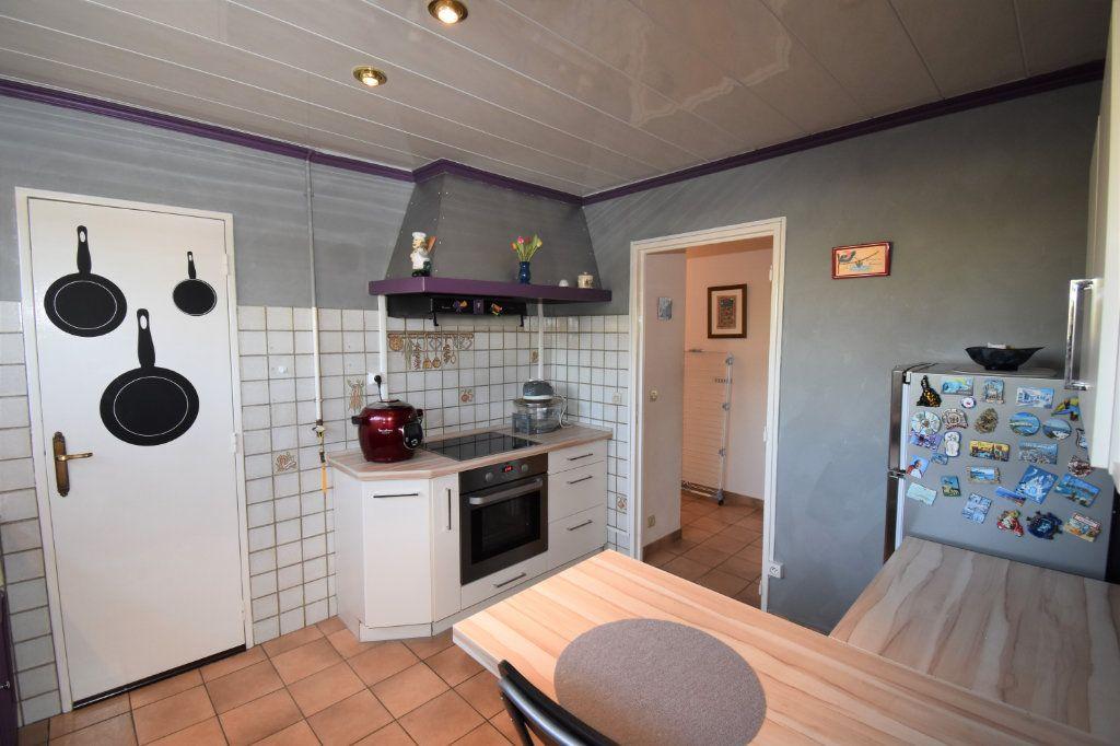 Appartement à vendre 4 75.6m2 à Metz vignette-5