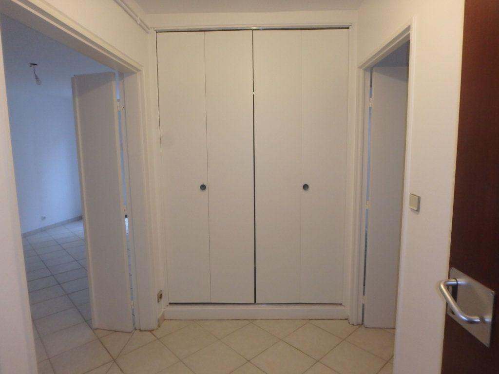 Appartement à louer 3 66.38m2 à Metz vignette-5