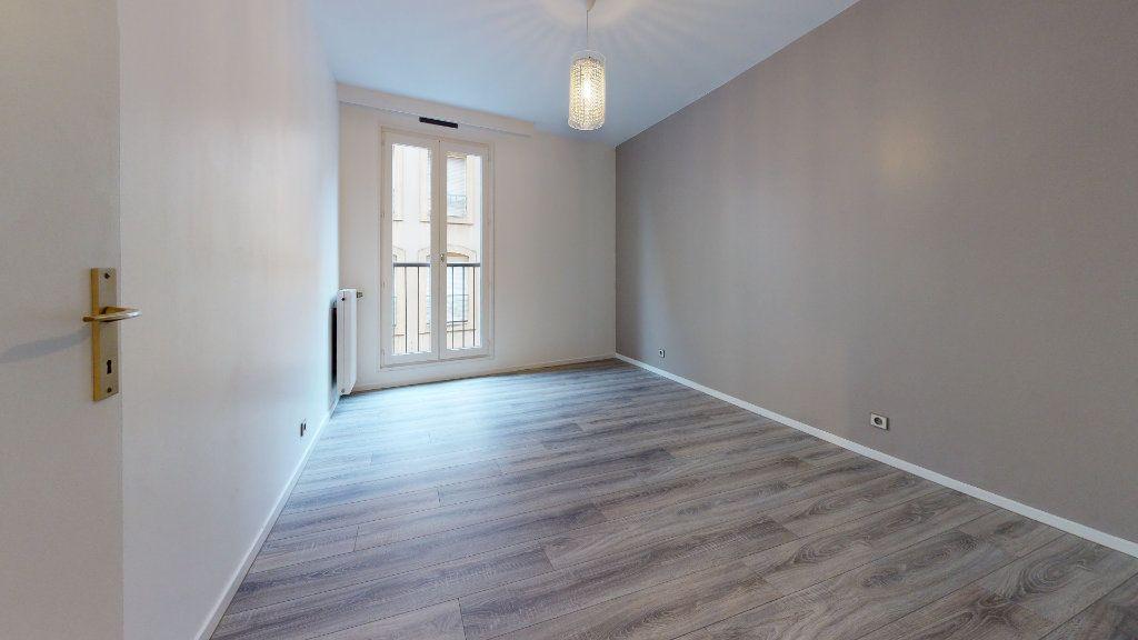 Appartement à louer 3 66.38m2 à Metz vignette-6