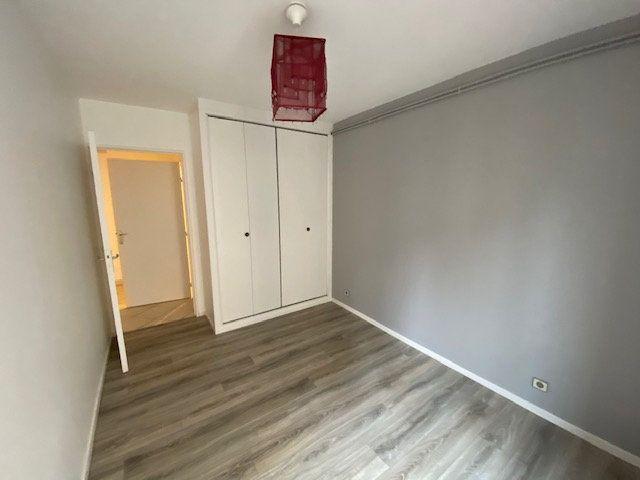 Appartement à louer 3 66.38m2 à Metz vignette-7