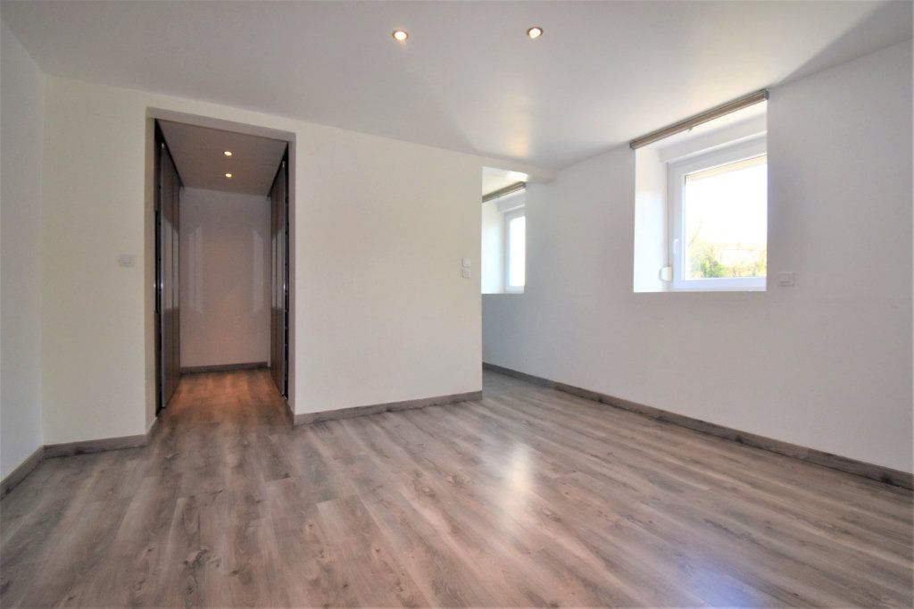 Maison à vendre 6 230m2 à Aulnois-sur-Seille vignette-5