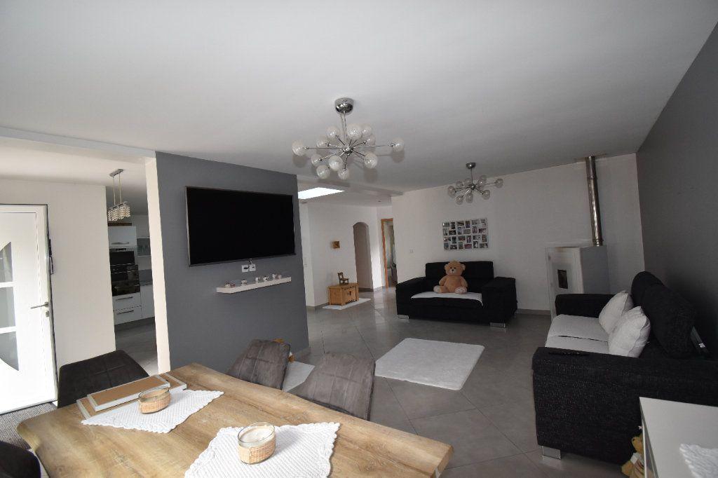 Appartement à vendre 5 102m2 à Metz vignette-7