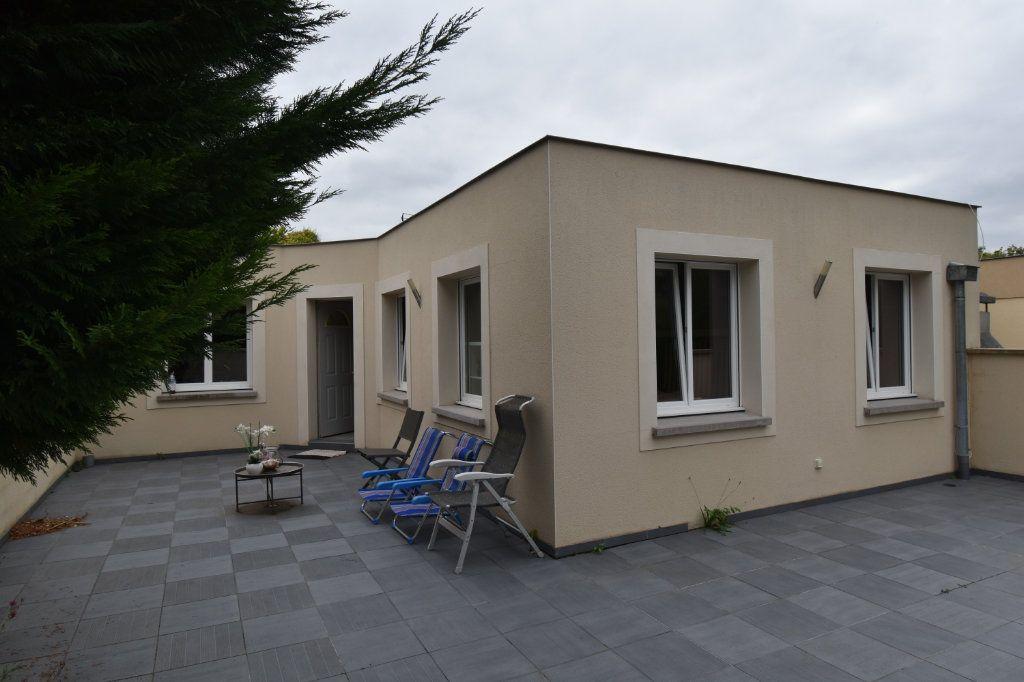 Appartement à vendre 5 102m2 à Metz vignette-10