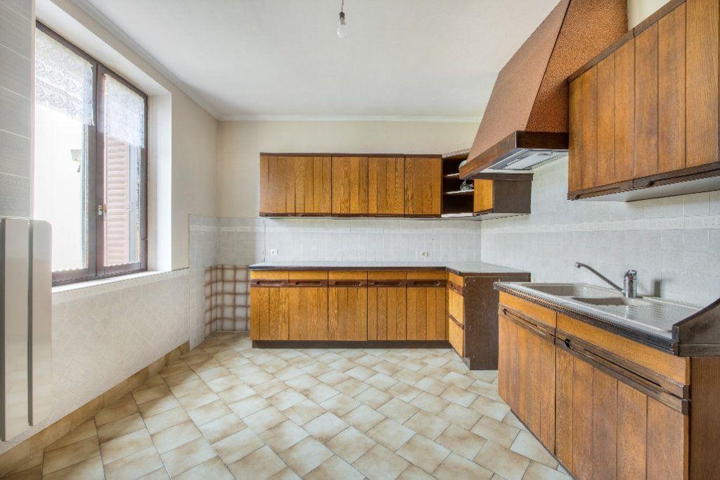 Maison à vendre 4 120m2 à Ambérieux-en-Dombes vignette-3