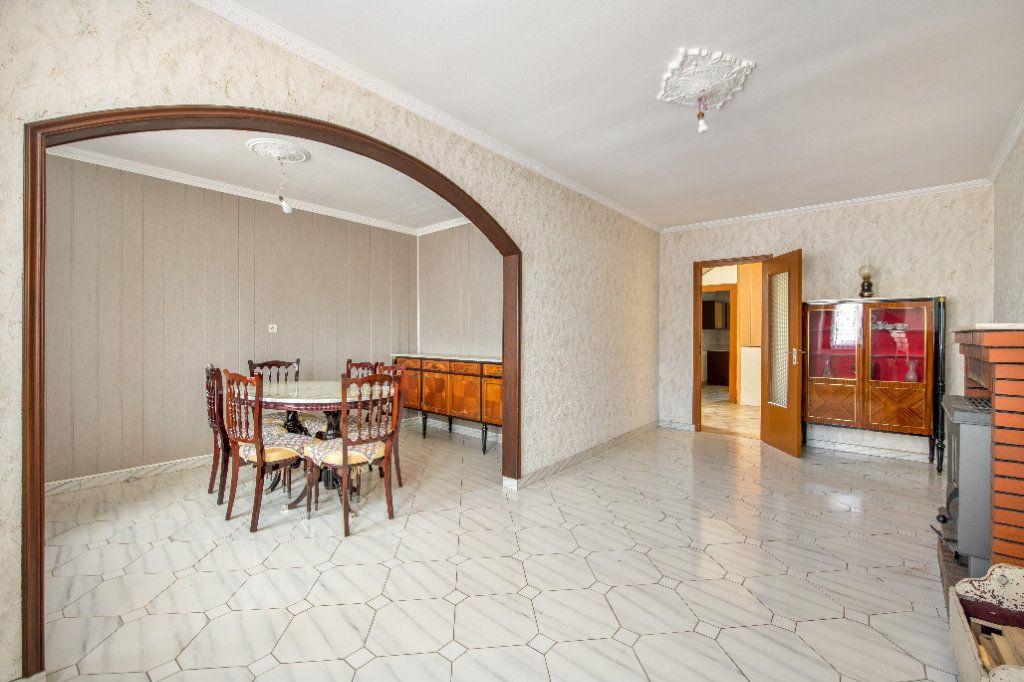 Maison à vendre 4 120m2 à Ambérieux-en-Dombes vignette-4