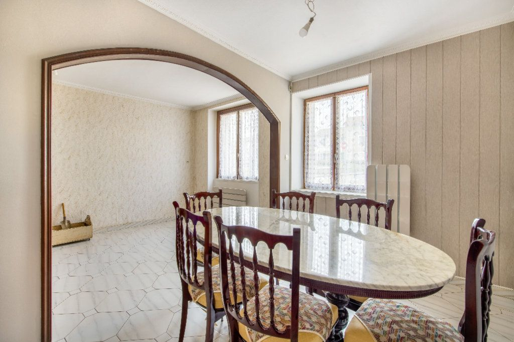 Maison à vendre 4 120m2 à Ambérieux-en-Dombes vignette-11