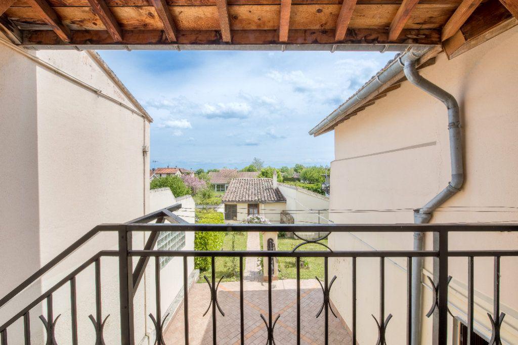 Maison à vendre 4 120m2 à Ambérieux-en-Dombes vignette-13