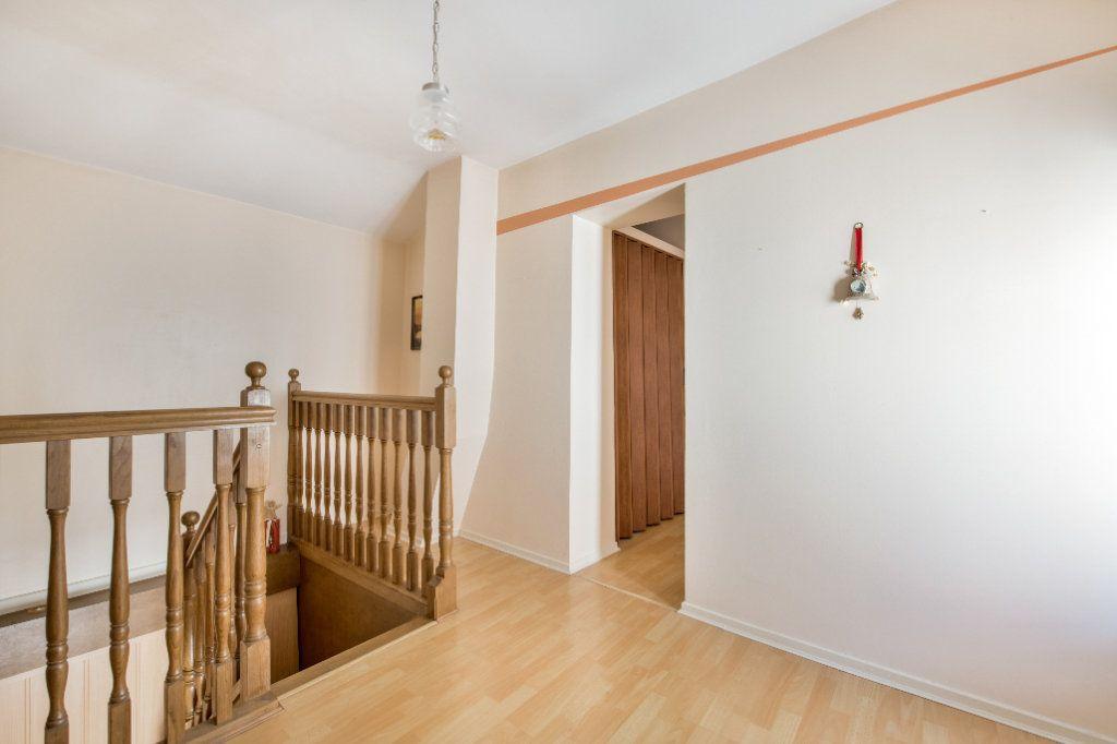 Maison à vendre 4 120m2 à Ambérieux-en-Dombes vignette-14