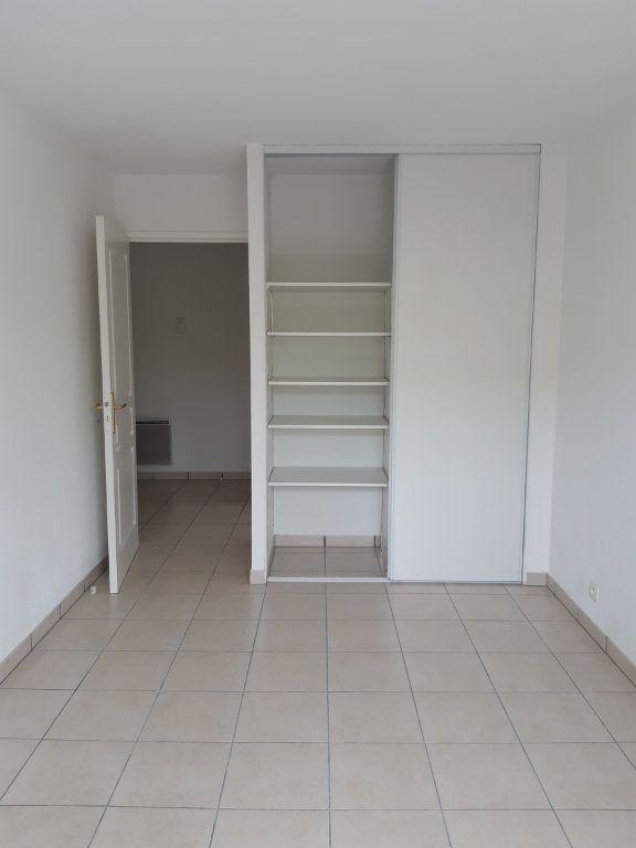 Appartement à louer 3 55.63m2 à Gex vignette-6