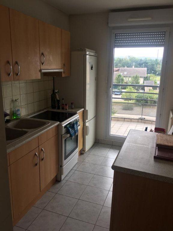 Appartement à louer 2 48.4m2 à Saint-Genis-Pouilly vignette-3