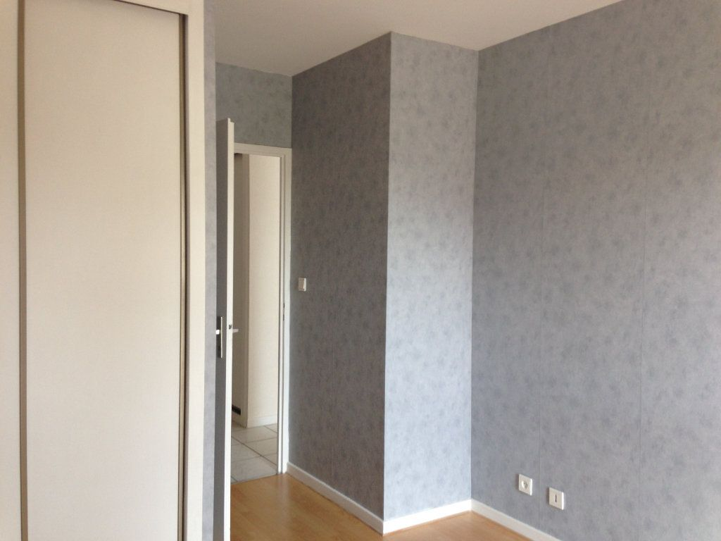 Appartement à louer 2 37m2 à Divonne-les-Bains vignette-4