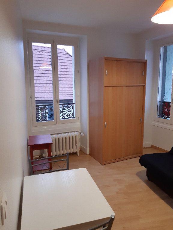 Appartement à louer 1 15.98m2 à Gex vignette-3