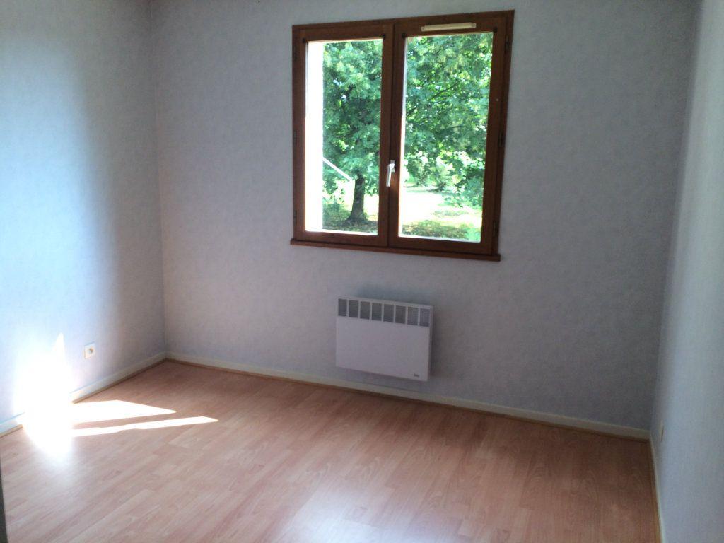 Appartement à louer 2 50.23m2 à Gex vignette-6