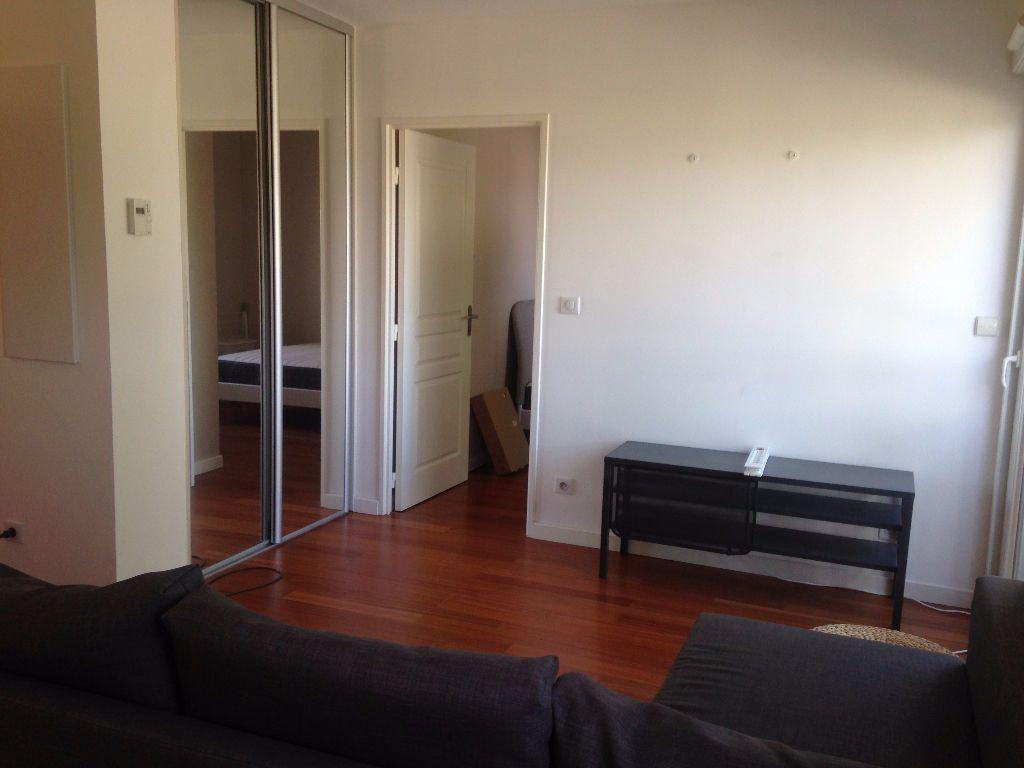 Appartement à louer 2 36.93m2 à Gex vignette-1