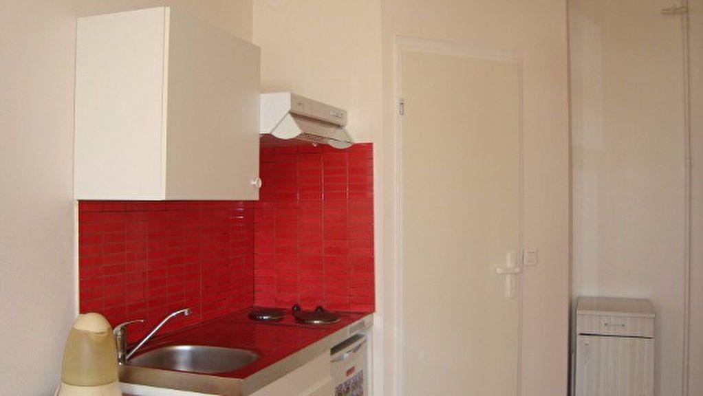 Appartement à louer 1 20m2 à Gex vignette-6