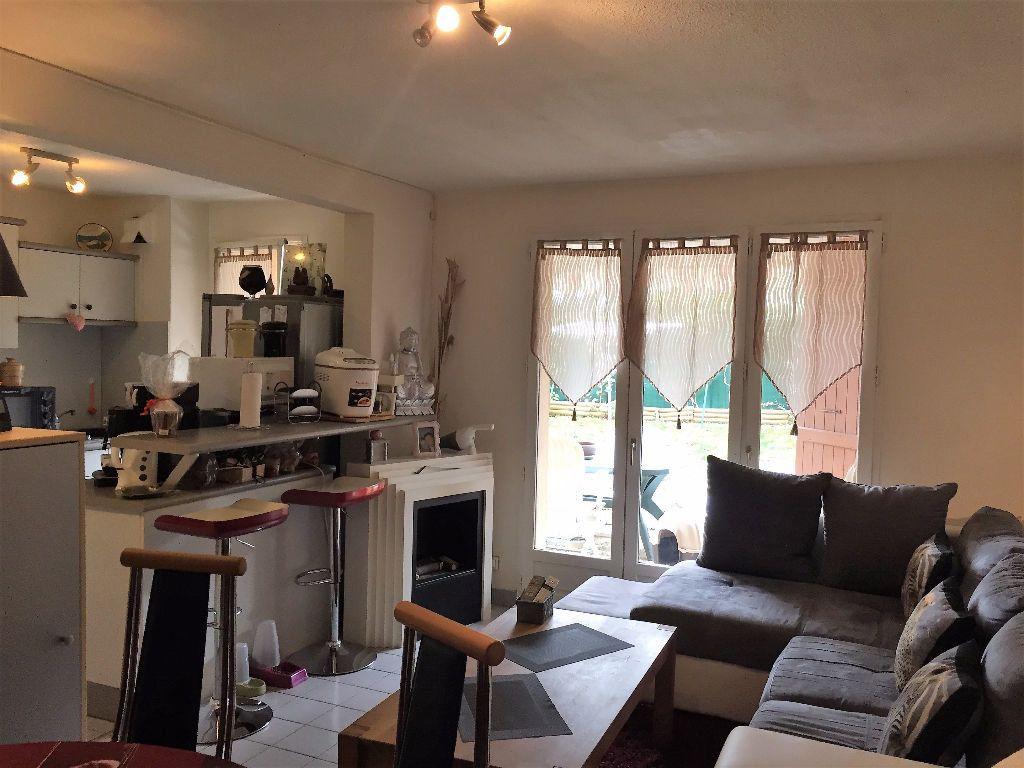 Appartement à vendre 2 46.24m2 à Gex vignette-3