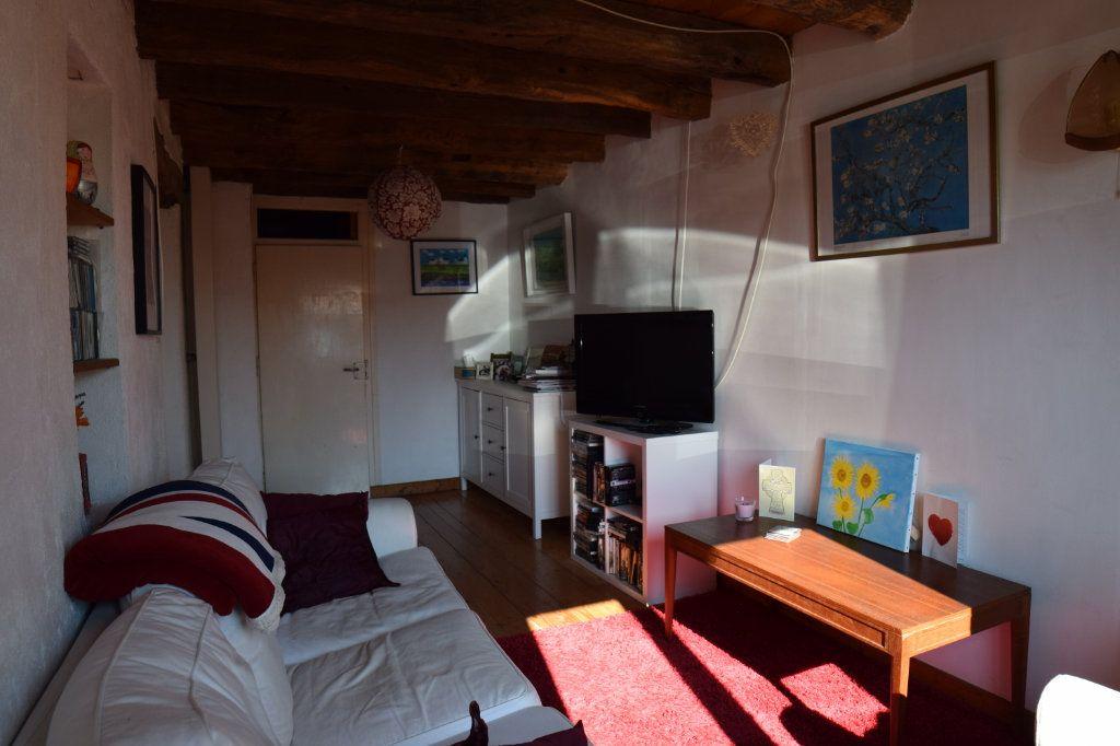 Maison à vendre 5 104m2 à Thoiry vignette-1